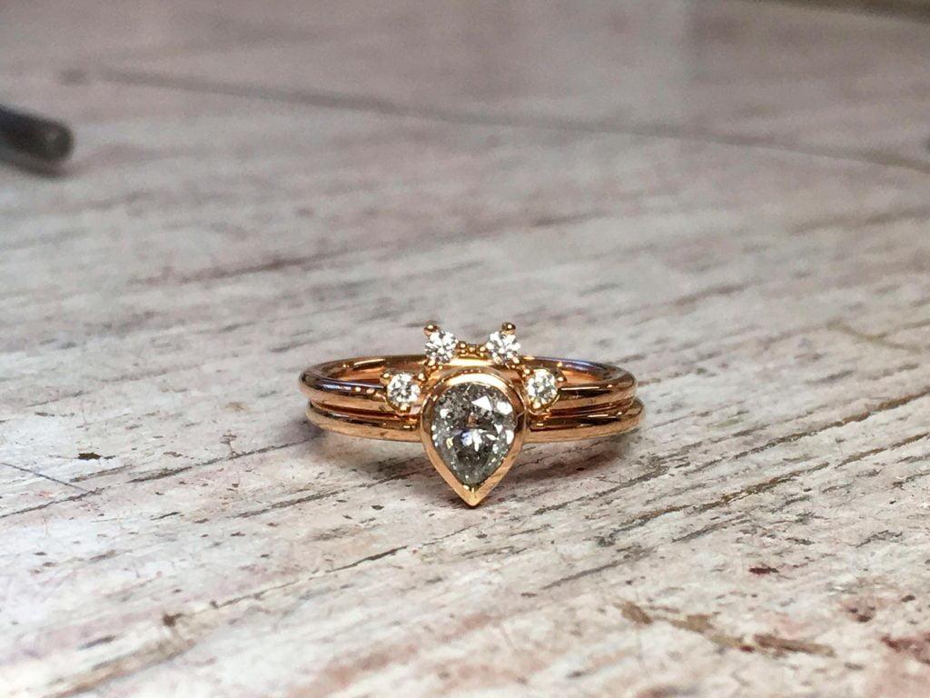 Verlobungsring Rotgold Vorsteckring Diamanttropfen